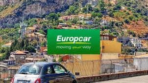 Jusqu'à -25% de Réduction en réservant votre voiture avec Europcar