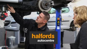 Up to £40 Off Bridgestone Tyres at Halfords Autocentre