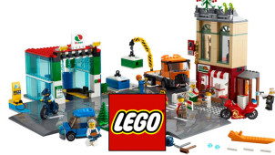 Free Ice Skating Rink on Orders Over £150 at LEGO