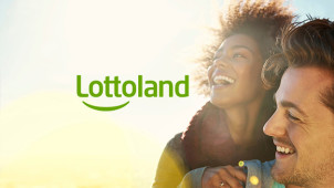 2 EuroMillions Bets + 10 Piggy Bank Scratchcards for €2 at Lottoland