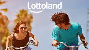 2 EuroMillions Plus 10 Piggy Bank Scratchcards for €1.99 at Lottoland