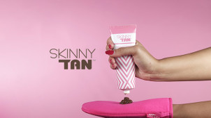 £5 Gift Card with Orders Over £25 at Skinny Tan