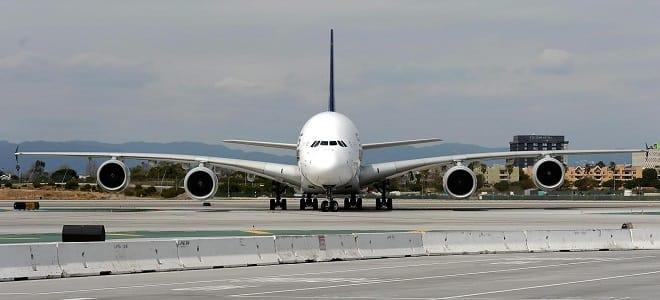 Singapore to Newark World's Longest Flights (Airbus A350-900ULR)
